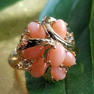 Vintage coral cluster ring 18kge size 8